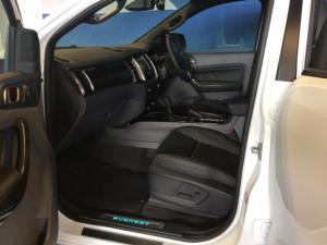 Ford Everest 3.2 Tdci LTD 4X4 automatic - Image 11