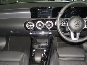 Mercedes-Benz A 200 automatic - Image 14