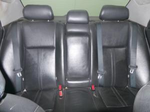 Toyota Corolla 1.8 Advanced - Image 11