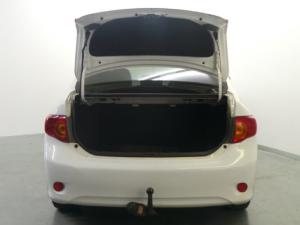 Toyota Corolla 1.8 Advanced - Image 6