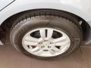 Chevrolet Sonic 1.6 LS - Image 7