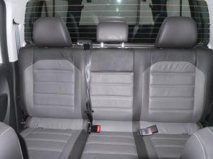 Volkswagen Amarok 3.0 TDi H-LINE + 4MOT automatic D/C - Image 17