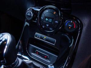 Ford Fiesta 1.0 Ecoboost Titanium 5-Door - Image 8