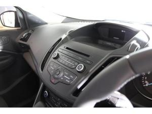 Ford Kuga 1.5T Ambiente auto - Image 9