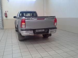 Toyota Hilux 2.8GD-6 4x4 Raider - Image 3