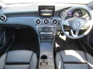 Mercedes-Benz A 200 Style automatic - Image 12