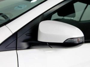 Toyota Yaris 1.5 Xs 5-Door - Image 35
