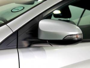 Toyota Yaris 1.5 XS CVT 5-Door - Image 34