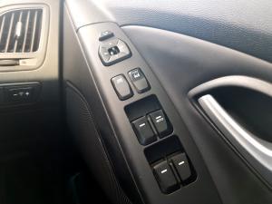 Hyundai iX35 2.0 Crdi Elite AWD automatic - Image 23