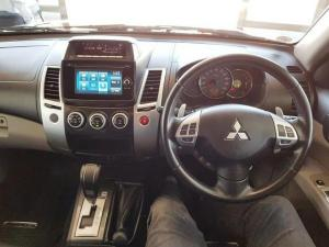 Mitsubishi Pajero Sport 2.5D 4X4 automatic - Image 13