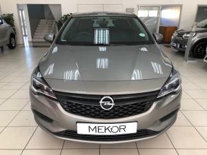 Opel Astra hatch 1.0T Essentia - Image 2