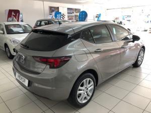 Opel Astra hatch 1.0T Essentia - Image 4