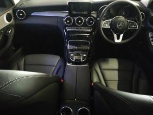 Mercedes-Benz C-Class C200 - Image 8