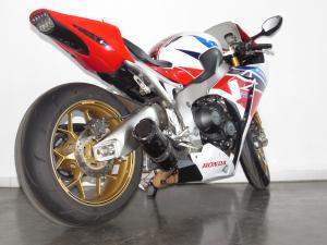 Honda CBR 1000 SP - Image 10