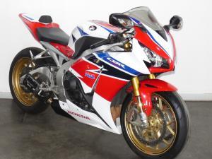 Honda CBR 1000 SP - Image 6