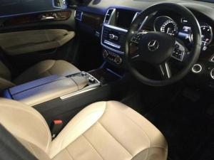 Mercedes-Benz ML ML400 - Image 7