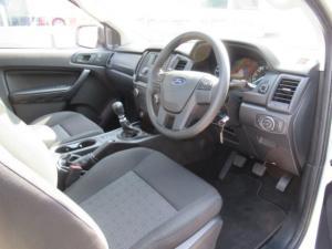 Ford Ranger 2.2TDCi XLS/C - Image 9