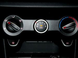 Kia Picanto 1.2 Smart automatic - Image 23