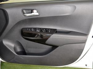 Kia Picanto 1.2 Smart automatic - Image 27