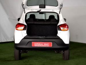 Renault Kwid 1.0 Dynamique 5-Door automatic - Image 30
