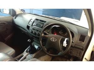Toyota Hilux 2.5D-4D S - Image 3