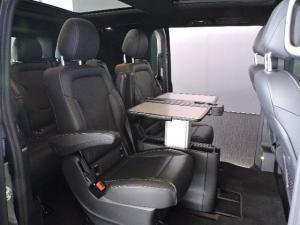 Mercedes-Benz V250 Bluetec Avantgarde automatic - Image 16