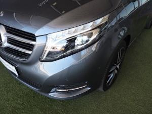 Mercedes-Benz V250 Bluetec Avantgarde automatic - Image 3