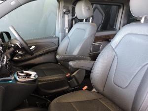 Mercedes-Benz V250 Bluetec Avantgarde automatic - Image 9