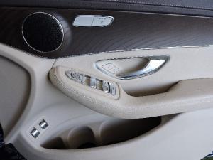 Mercedes-Benz GLC 220d OFF Road - Image 17