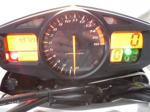 Suzuki GSR 600 - Image 10
