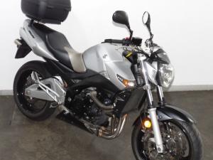 Suzuki GSR 600 - Image 5