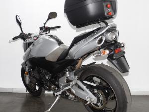 Suzuki GSR 600 - Image 8