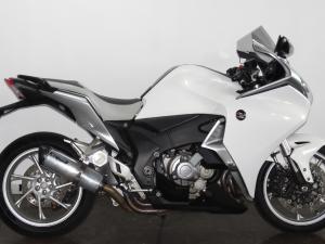 Honda VFR 1200FD - Image 2