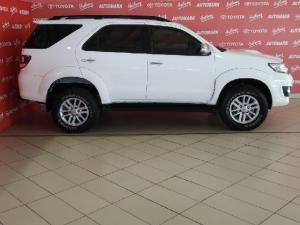 Toyota Fortuner 3.0D-4D 4x4 auto - Image 3