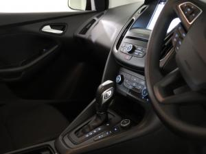 Ford Focus 1.5 Ecoboost Trend automatic - Image 8