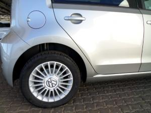 Volkswagen Move UP! 1.0 5-Door - Image 10