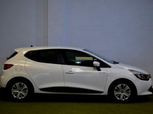 Renault Clio IV 900T Blaze LTD Edition 5-Door - Image 17