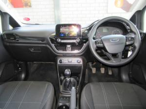 Ford Fiesta 1.0T Trend - Image 10