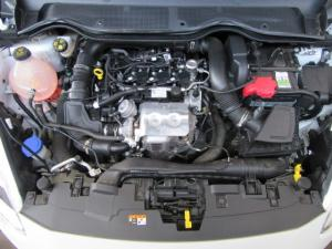 Ford Fiesta 1.0T Trend - Image 13