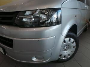 Volkswagen T5 Kombi 2.0 TDi Base - Image 8