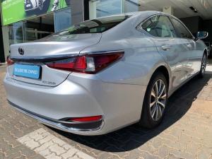 Lexus ES 250 EX - Image 18
