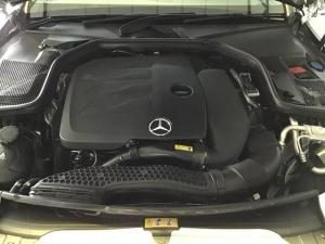 Mercedes-Benz C-Class C200 - Image 9