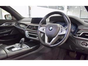 BMW 7 Series 730d M Sport - Image 10