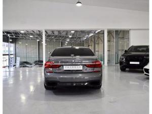BMW 7 Series 730d M Sport - Image 15