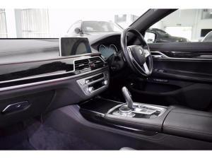 BMW 7 Series 730d M Sport - Image 16