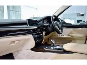 BMW X5 xDrive35i - Image 16