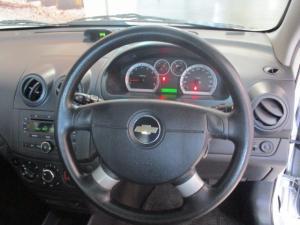Chevrolet Aveo 1.6 LS automatic - Image 14