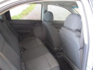 Chevrolet Aveo 1.6 LS automatic - Image 3