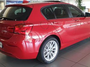 BMW 120i Sport Line 5-Door automatic - Image 4