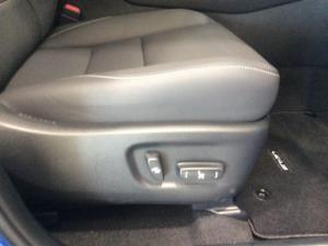 Lexus NX 2.0T EX/300 EX - Image 8